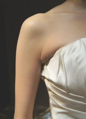 ドレスをキレイに着るには?